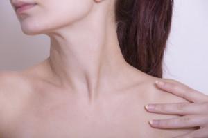 胸が垂れる原因はクーパー靭帯が切れるから?予防するには?