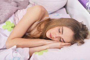 セロトニン不足と不眠の関係 サプリメントで補うことは可能?