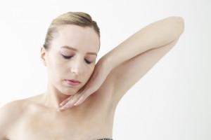 乳首の黒ずみをピンクにする方法