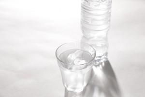 酸素水と水素水の違いを比較